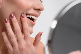 the-best-cosmetic-treatments-for-chipped-teeth