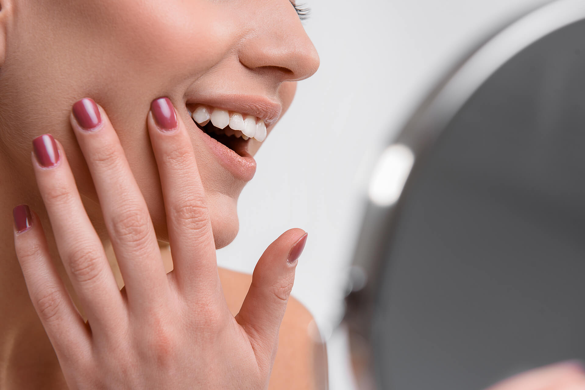 The Best Cosmetic Treatments for Chipped Teeth